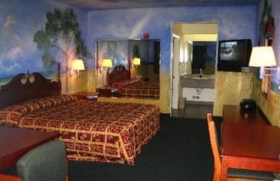 Budget Host Spencer Inn: Other