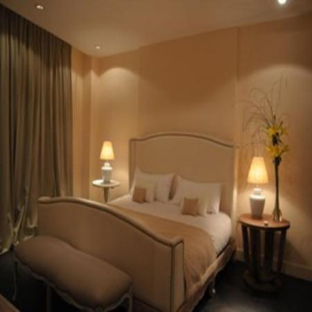 Ultra Hotel: Suite