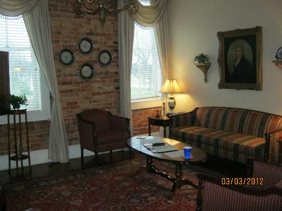 Plains Historic Inn: Go for the Presidential Suite...