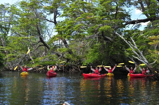 The Singular Patagonia: Kayak Golondrina River