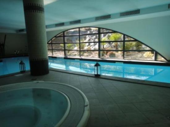 Hotel Parc Beaumont : Piscine et Jacuzzi