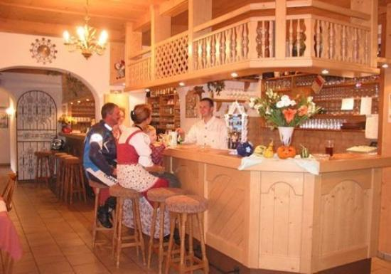 Hotel Tirolerhof: Bar
