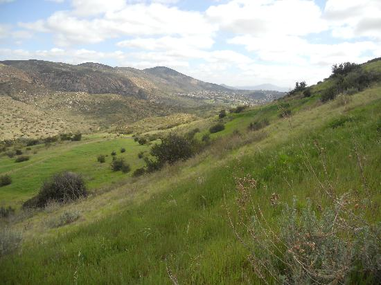 Mission Trails Regional Park: hills in Mission Trails Park