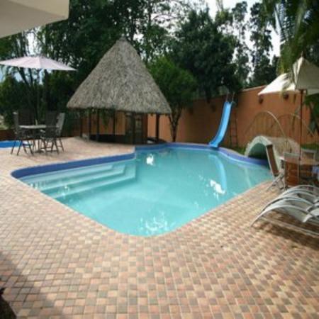 Hotel La Casa Medellin: Features Pool