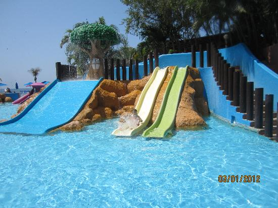 Azul Ixtapa Beach Resort & Convention Center: water park