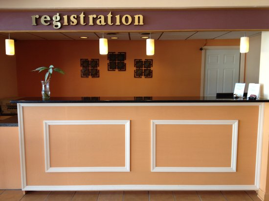Americas Best Value Inn: Reception