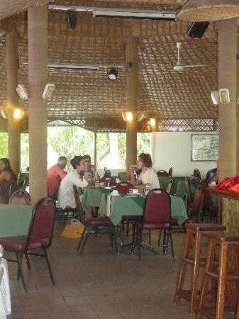 Asdu Sun Island: Restaurant area