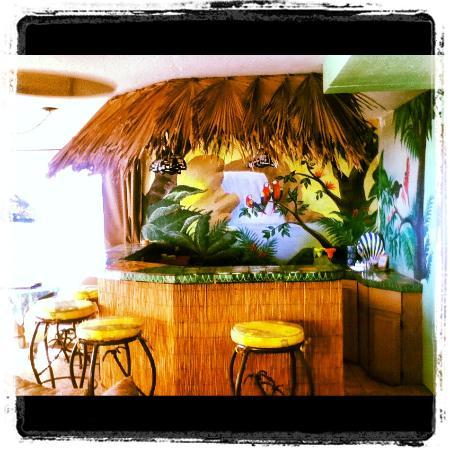 Poco Cielo: Polynesian room