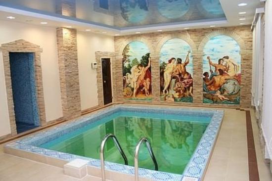 Richmond Hotel : Pool view