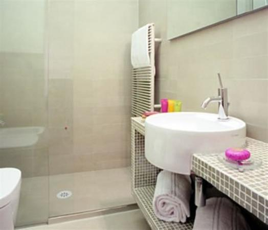 Roma Boutique Hotel: Bathroom