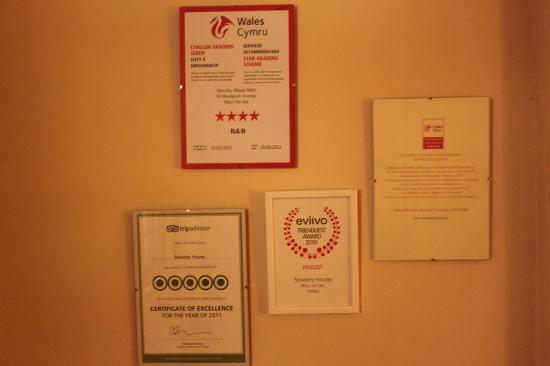 Staveley House: Awards and recognitions of quality service