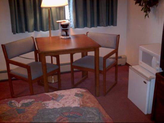 American Motel: Guest Room