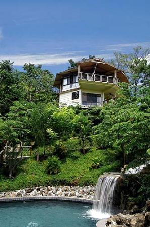 Tulemar Resort: Exterior