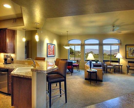 Casitas at Sabino Springs: Interior