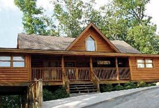 Big Bear Lodge and Resort: Exterior