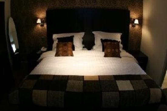 Inn on the Prom Hotel