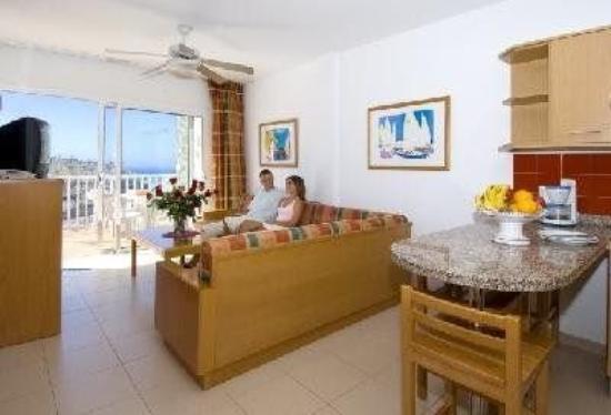Hotel Altamadores: Guest Room