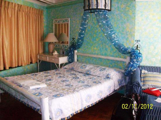 Residence Inn Tagaytay: bed