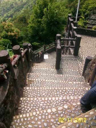 Residence Inn Tagaytay: stairs