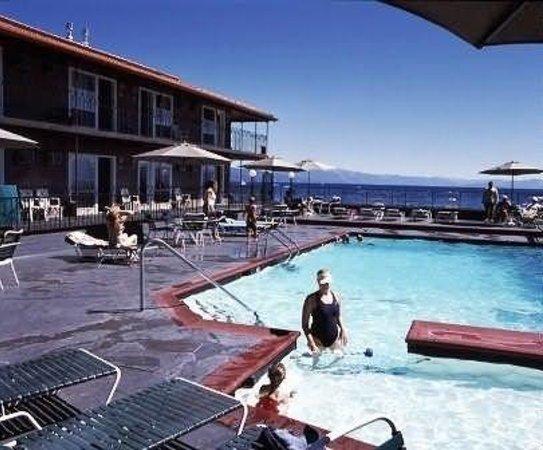 Ferrari's Crown Resort: Crown Pool
