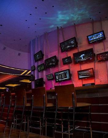 Isle Casino Hotel Waterloo: Waterloo Fling Bar
