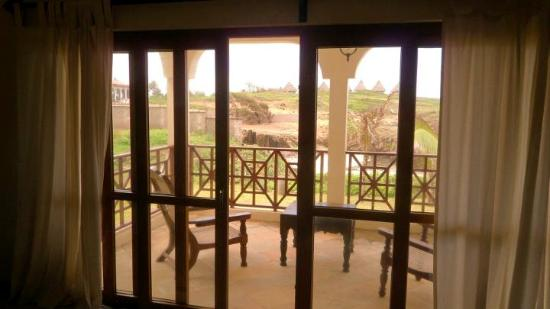 Blue Bay Cove Watamu : Large balcony
