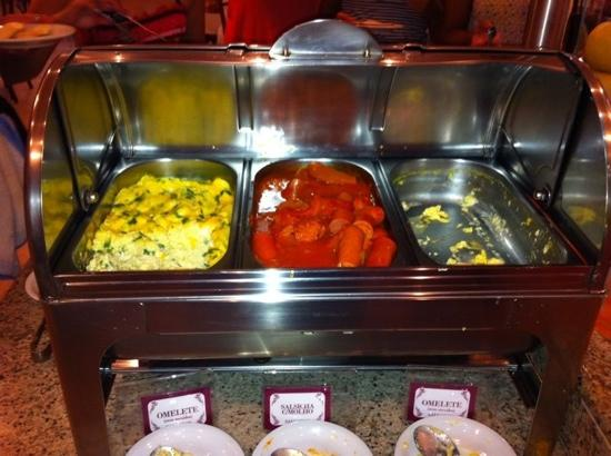 Hotel Pires Balneario Camboriu: desayuno