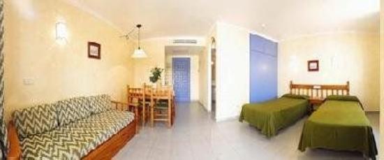 Hotel Apartamentos Sol Bay : Guest Room