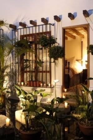 Casa Encantada: Exterior
