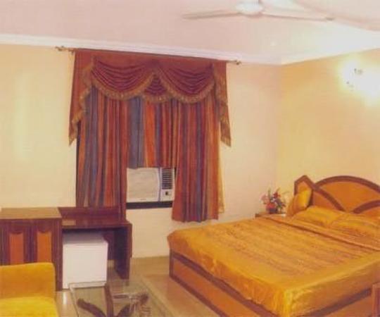 Hotel Naman Palace: Other