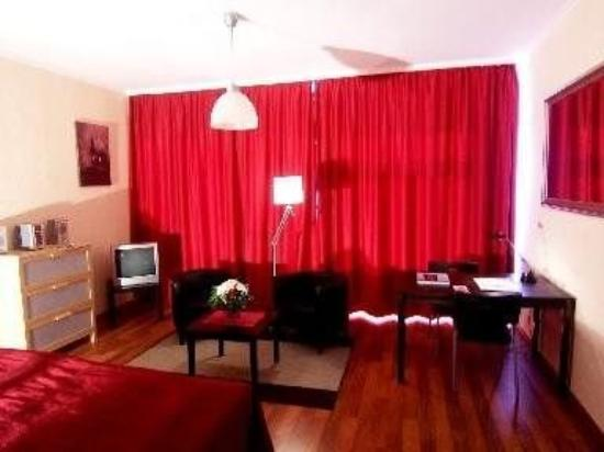 Apartcity-Serviced Apartments Hotel: Guest Room
