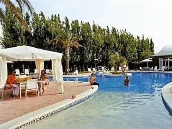 암푸리아 인 호텔