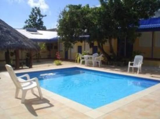 Vanuatu Holiday Hotel: Exterior