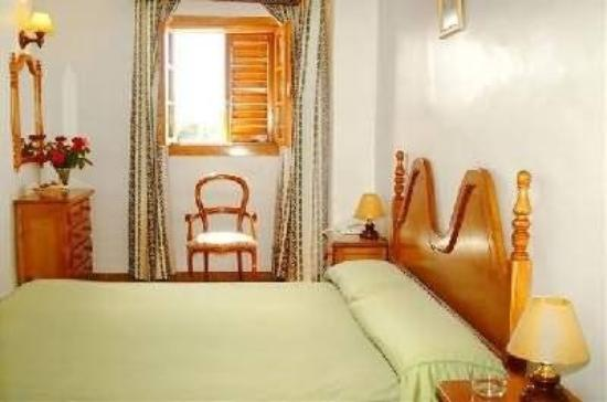 Hotel Maria Luisa: Guest Room