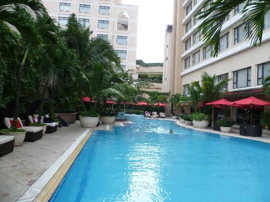 Caravelle Saigon: Caravelle Hotel pool