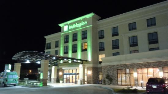 Holiday Inn Montgomery Airport South: Entrance to Holiday Inn