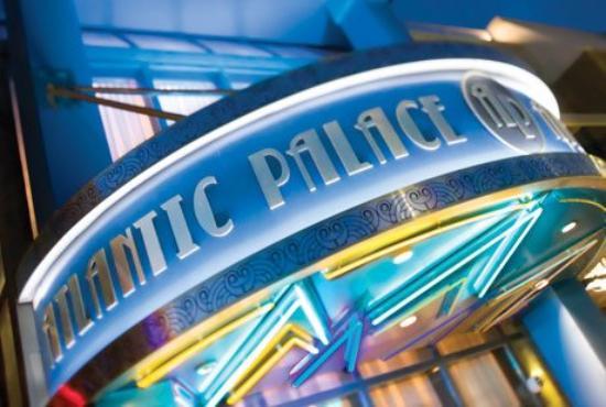 แอตลันตา พาเลซ สวีท: Atlantic Palace Sign