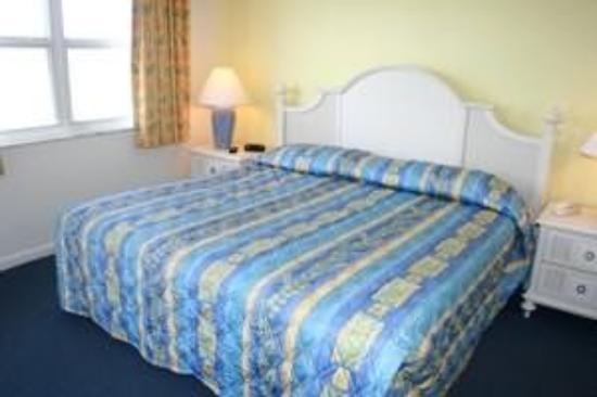 Estero Island Beach Villas: Guest Room
