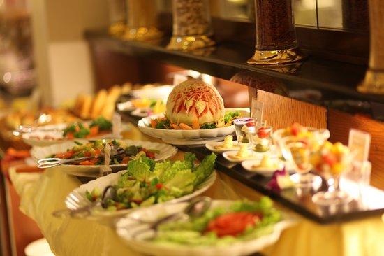 Essence Restaurant : Essence Cafe - sumptuous buffet breakast