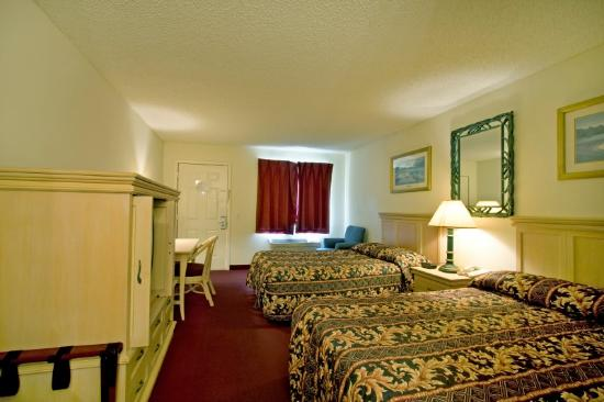 Sunstate Inn & Suites: Standard Double 2