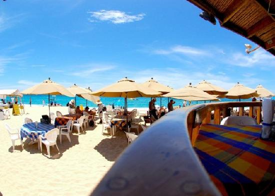 Tabasco Beach Restaurant & Bar : view from the deck