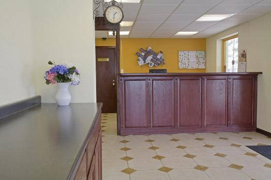 Americas Best Value Inn-New Orleans/Gretna: Lobby
