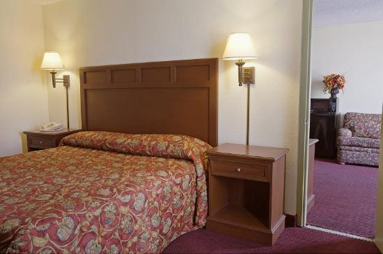 Americas Best Value Inn-New Orleans/Gretna: Suite 2