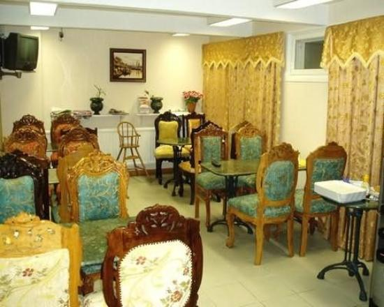 Mango Hotel: Restaurant
