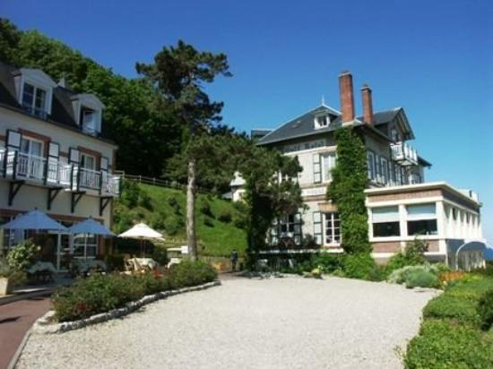 Vue du ciel picture of hotel dormy house etretat for Hotels etretat