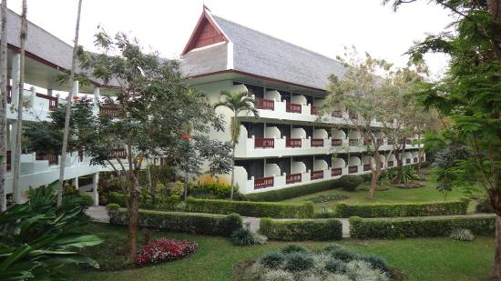 Wiang Indra Riverside Resort: the hotel