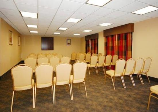 Comfort Suites Clayton: Meeting Room