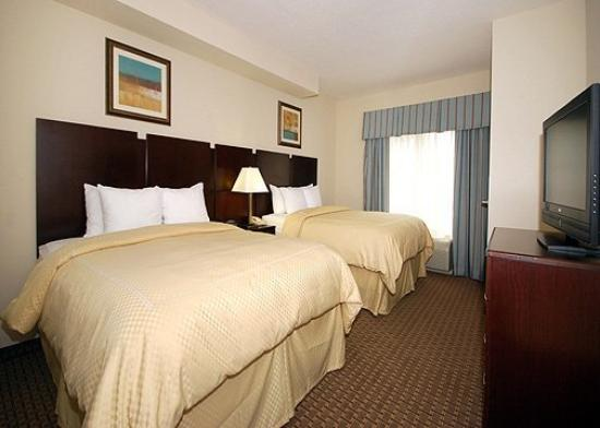 Comfort Suites Olive Branch: Guest Room