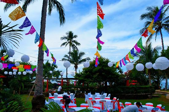 Mar de Jade Retreats Wellness Vacation: wedding reception