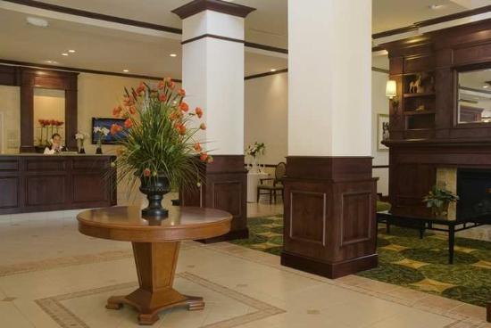 Hilton Garden Inn Albuquerque Uptown: Lobby